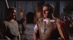 Sir Laurence Olivier ( qui con l'attore Kirk Douglas) interpreta Crasso nel film Spartacus di Stanley Kubrick, 1960